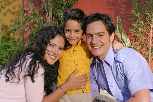 Frijolito ABS-CBN (Telemundo's Amarte Asi with Litzy, Alejandro ...